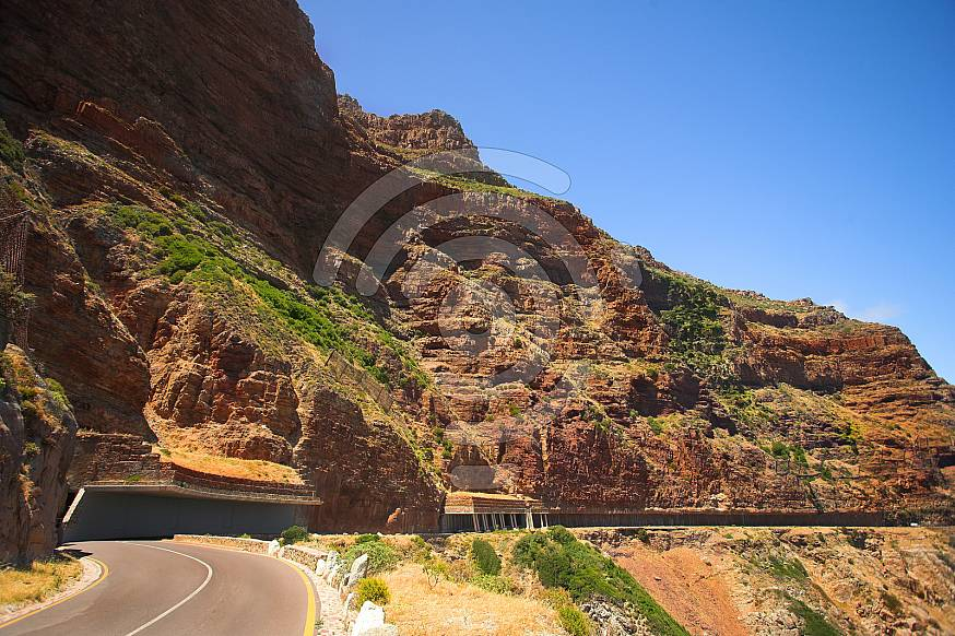 The winding road on Chapmans Peak